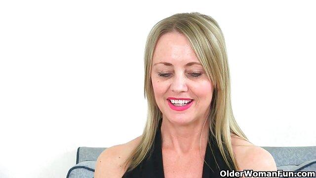 処罰する彼女のための喫煙 エロ ビデオ 女性