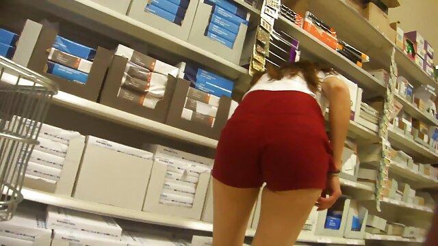 金髪のような大きなコック 無料 女性 専用 アダルト 動画