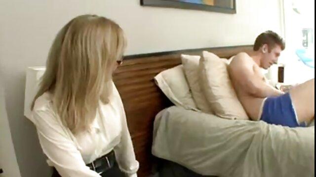 ランジェリー黒ストッキングは、二人のメンバー アダルト 女性 無料 動画