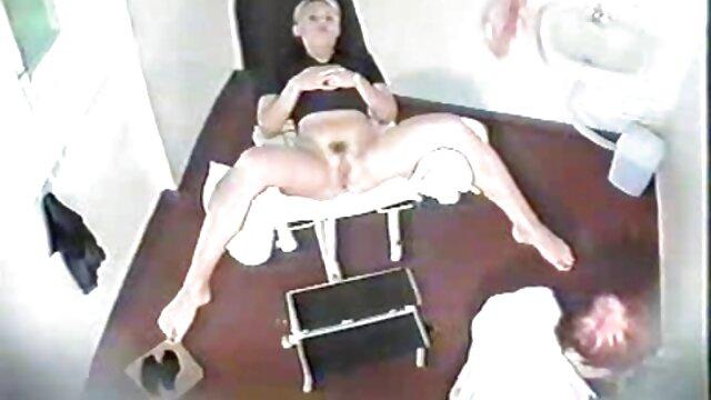 脂肪の若いとピンク えち 動画 女性