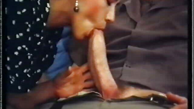 女性はストラップに男を引き出しました 女性 の ため の アダルト 無料 動画