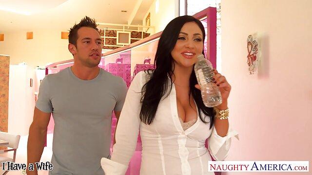 ネリーとサーシャ av 無料 動画 女性