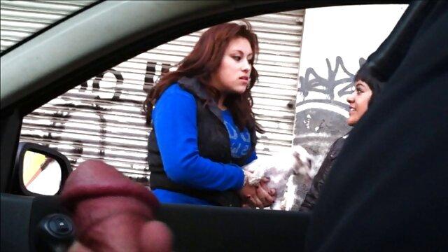 タイの脱出とともに男でジム人は魅力的ですとともに彼女の白いパンティ 女性 用 無料 アダルト 動画